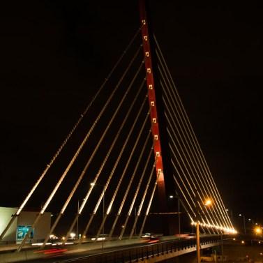 Viaduto estaiado Curitiba