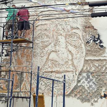 4611b0eefb Jovem street artist português apresenta trabalhos inéditos na Clark ...