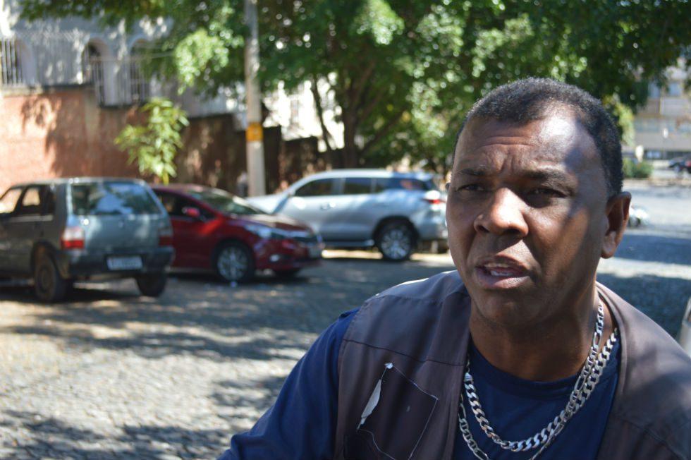 José Santil reivindica políticas sociais que favoreçam os trabalhadores informais