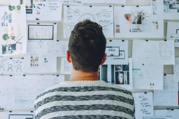 Universidades, atentas às mudanças do mercado, precisam ajudar o aluno a descobrir seus valores e propósito de vida - foto: Pixabay
