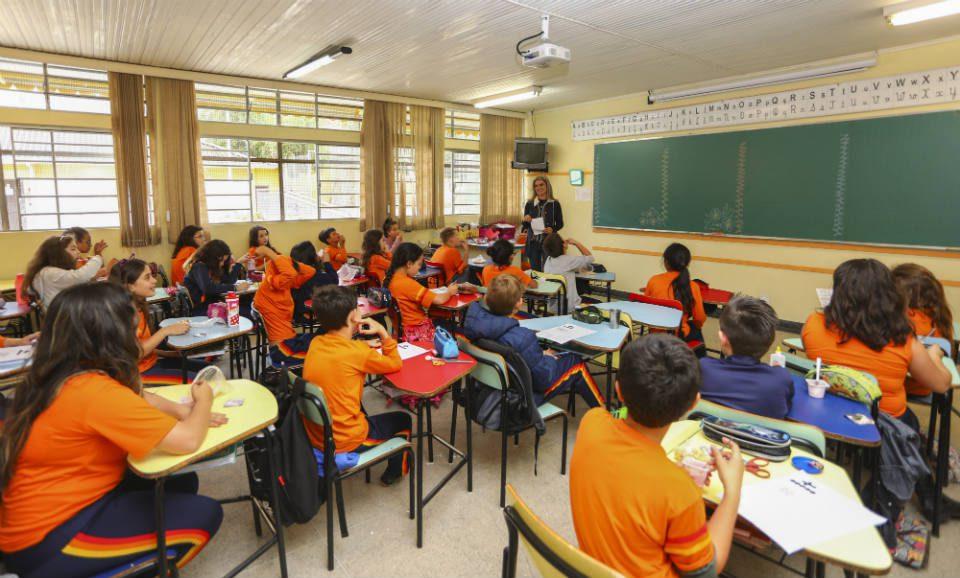 Há uma crise global de aprendizado e está deixando milhões sem habilidades básicas - Imagem: Fotos Públicas / Daniel Castellano / SMCS
