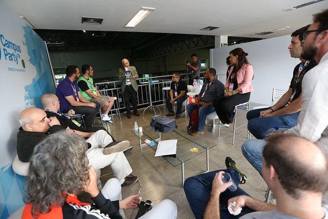 Responsável por Campus Party e Ethanol Summit, grupo suíço adota conceito do mundo das redes sociais para diferenciar-se dos concorrentes.