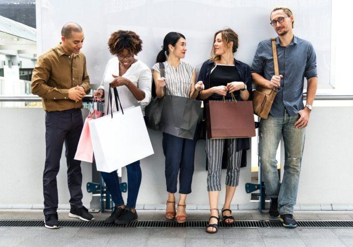 Além da experiência do consumidor, fator chave para o mercado, 2020 traz para o setor uma mistura de tendências: Foto por rawpixel.com em Pexels.com