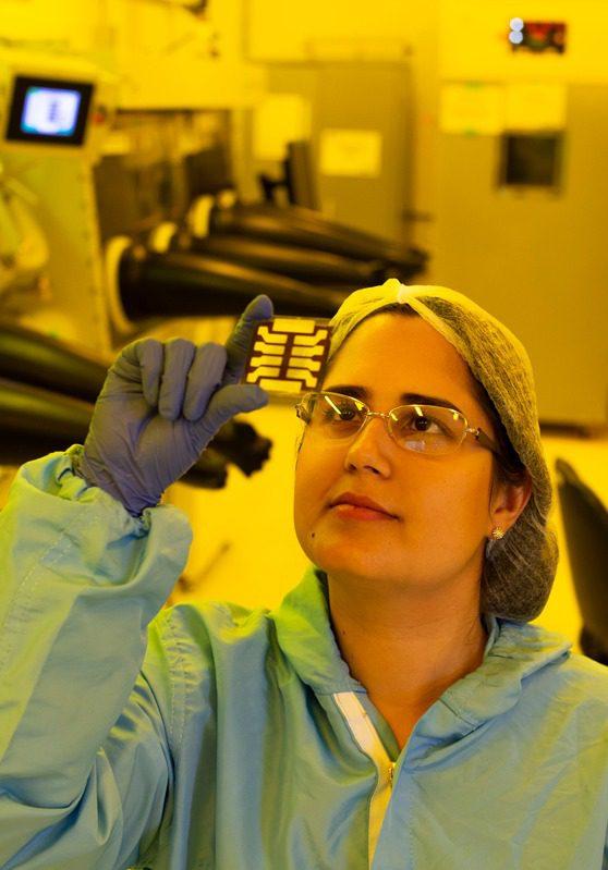 CSEM do Brasil desenvolve nova geração de painéis solares em Belo Horizonte com o uso do mineral perovskita. Foto: CSEM. Foto: CSEM