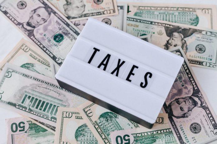 ilustração sobre impostos para matéria  sobre taxtechs