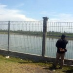 Rekanan Nyerah, Embung Mandek