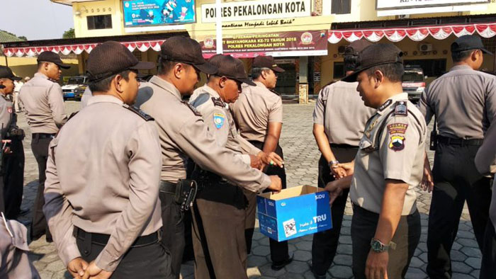 Polisi Galang Dana Korban Gempa