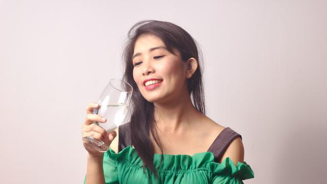 Jangan Malas Minum Air Putih, Ini 7 Manfaatnya!