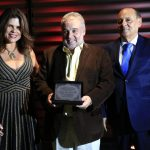 Secretário de Desenvolvimento, Valdir Oliveira, recebe homenagem de empresários