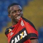 """Vinicius Jr. diz que não fez 'graça' contra Fluminense: """"Vamos fazer em todos os jogos"""""""