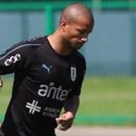 Empresário chega, e Santos espera fechar contratação de Sánchez nesta terça