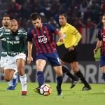 Felipe Melo explica gesto obsceno e atribui vitória a Felipão