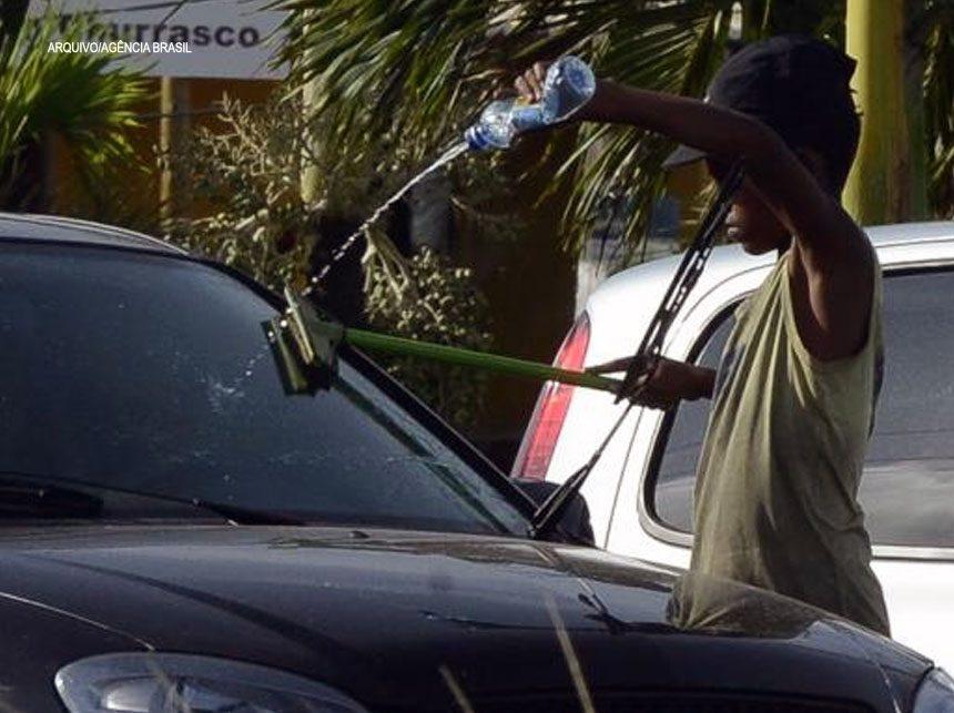 Seis em cada dez crianças brasileiras vivem em situação de pobreza, alerta Unicef