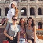Mulher de Faustão viaja para Itália com bailarinas do marido