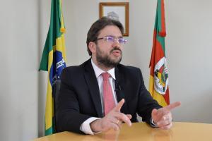 Eduardo Trindade dá entrevista à Radar Simers