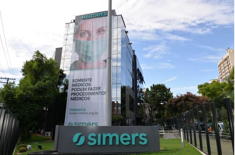 Associados do Simers aprovam contas do ano de 2020 1
