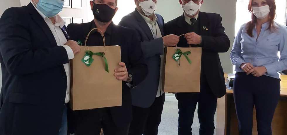 Sindicato dos Médicos de Minas Gerais prestigia trabalho desenvolvido pelo Simers 3