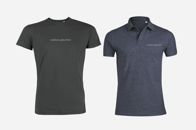 Abbildung des Polo-Shirts und des T-Shirts.
