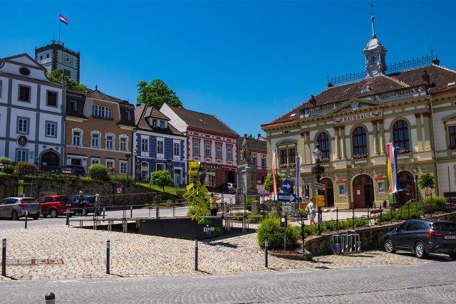 Am Stadtplatz von Weitra.
