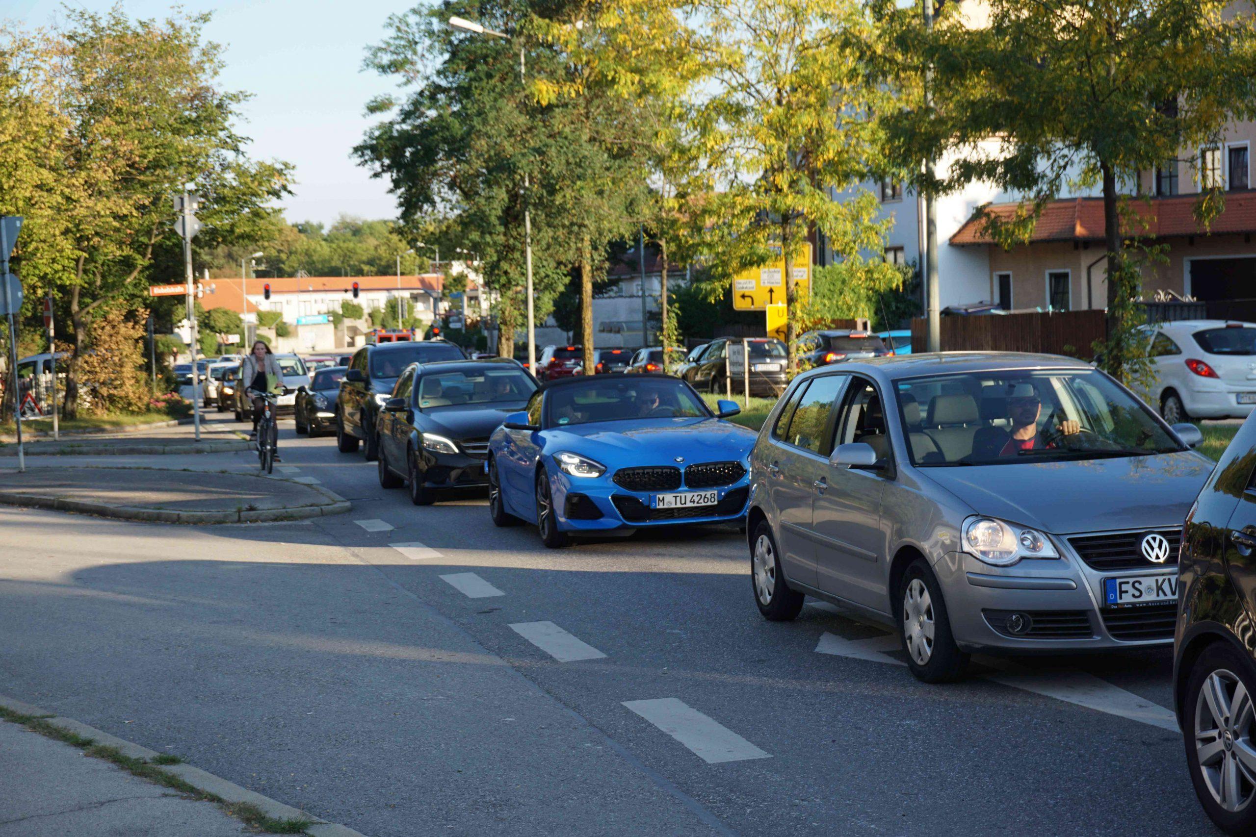 Mainburger Strasse stadtauswärts