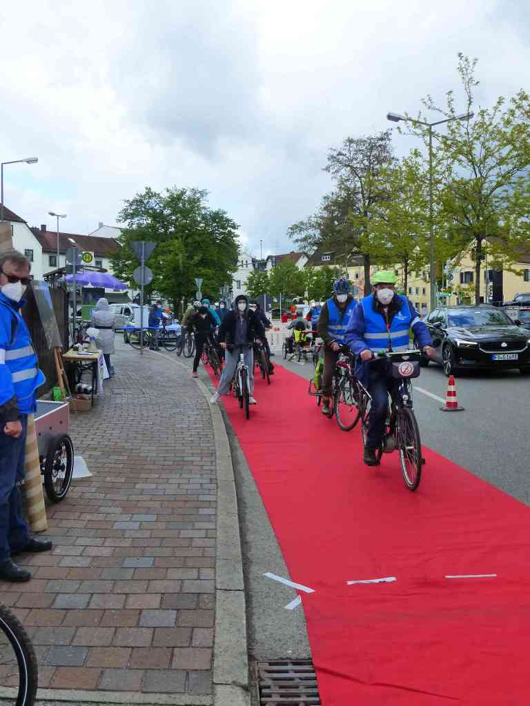 Roter Teppich Freising: ... los