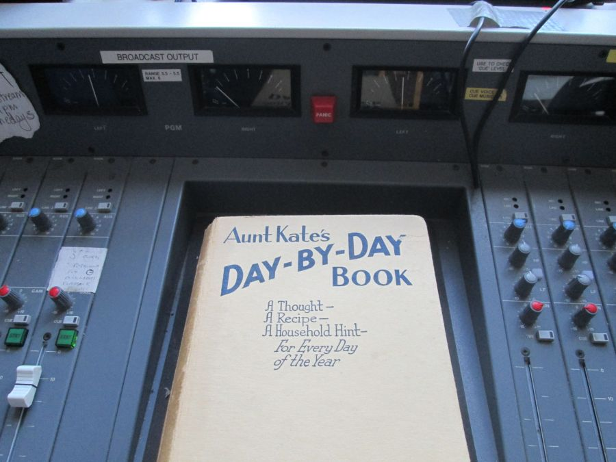 Aunt Kate's Day-by-Day Book