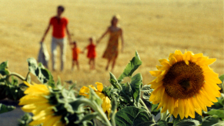 Films in London today: LE BONHEUR at The Prince Charles (04 APR).