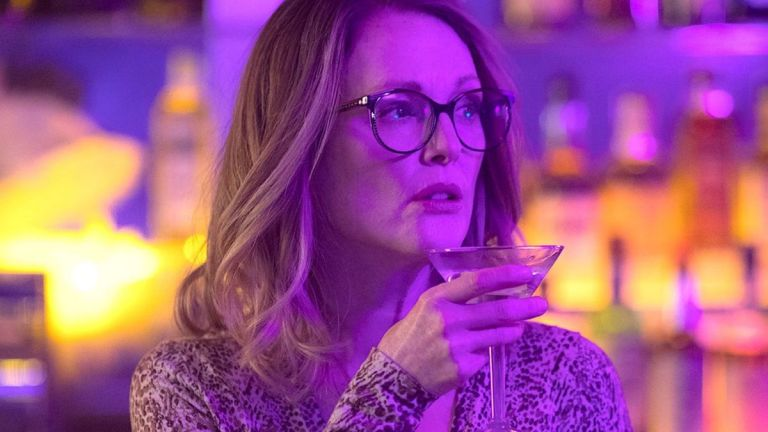 Films in London today: GLORIA BELL at Curzon Soho (11 APR).
