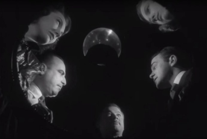 RADIANT CIRCUS #ScreenGuide - Films in London today: THE SPIRITUALIST at The Cinema Museum (13 NOV).