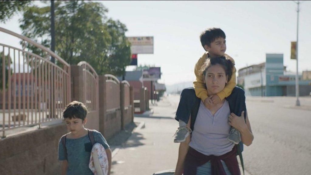 This is a film still from LOS LOBOS aka THE WOLVES, screening at Genesis Cinema as part of London Migration Film Festival (17 JUN 2021).