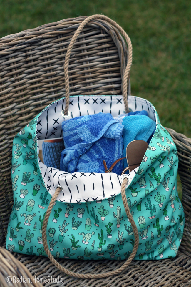 Cactus Beach Tote Tutorial with Spoonflower Eco Canvas | Radiant Home Studio