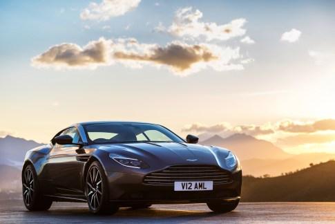 Aston DB11 - 4