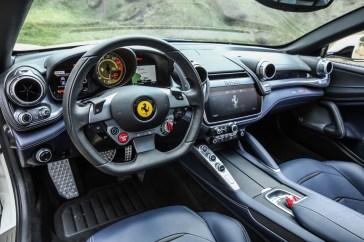 Ferrari GTC4Lusso-5 - 1 (2)