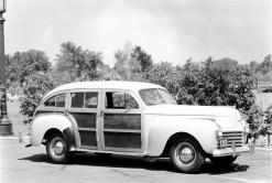 1941-chrysler-town-n-country-image-02-1024