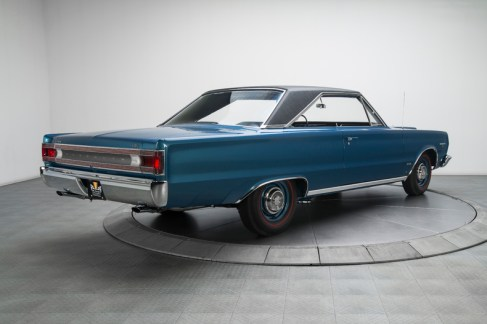 1967-plymouth-belvedere-gtx_331764_low_res