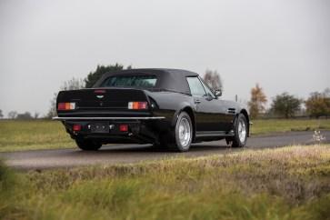 1989 Aston Martin V8 Vantage Volante - 16