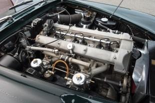 @1961 Aston Martin DB4 Series II - 9