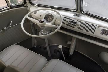 @1963 Volkswagen '23-Window' Deluxe Microbus - 13