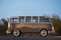 @1963 Volkswagen '23-Window' Deluxe Microbus - 6