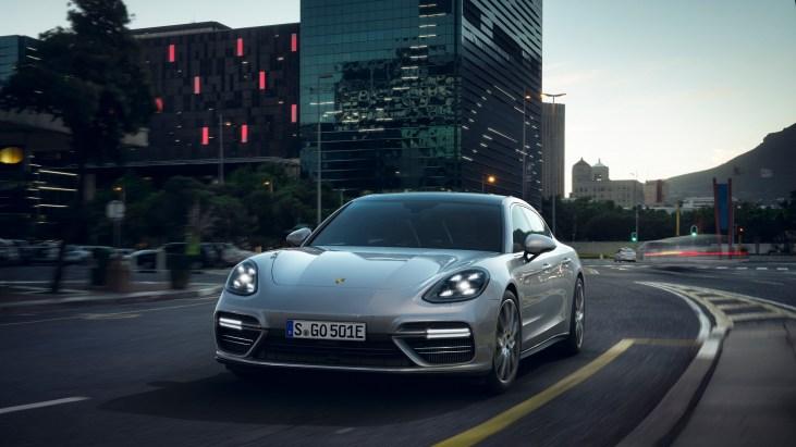 @Porsche Panamera Turbo S E-Hybrid - 1