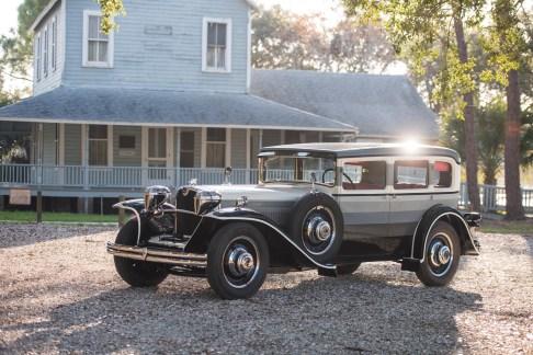 @1932 Ruxton Model C Sedan by Budd - 25