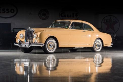 @1957 Bentley S1 Continental Fastback Sports Saloon H.J. Mulliner - 10