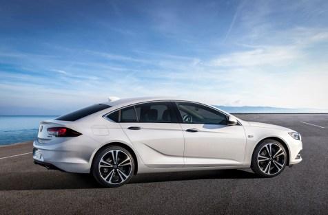 @Opel Insignia B - 1