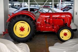 @Porsche-Lager - Traktoren - ©pru - 11