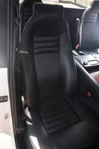 @1988 Lamborghini LM002 - 18