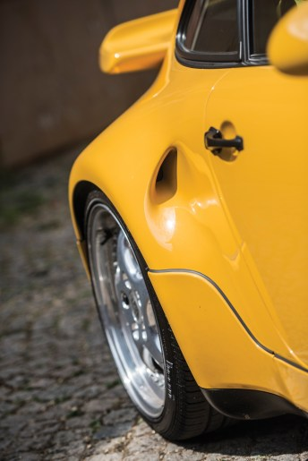 @1993 Porsche 911 Turbo S Lightweight-9031 - 5