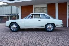 1962 Alfa Romeo 2000 Sprint Bertone 3