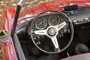 Alfa Romeo 2000 spider touring 9