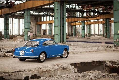 Screenshot-2017-11-19 Bonhams 1956 Alfa Romeo Giulietta Sprint Veloce Alleggerita Coupé Chassis no AR1493 E 02159 Engine no[...] Kopie