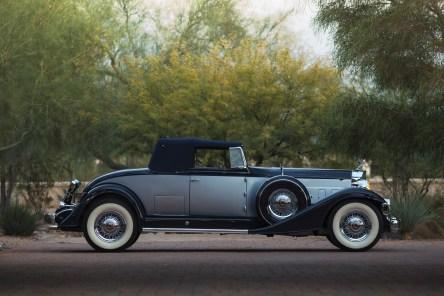 @1933 Packard Twelve Coupe Roadster - 12